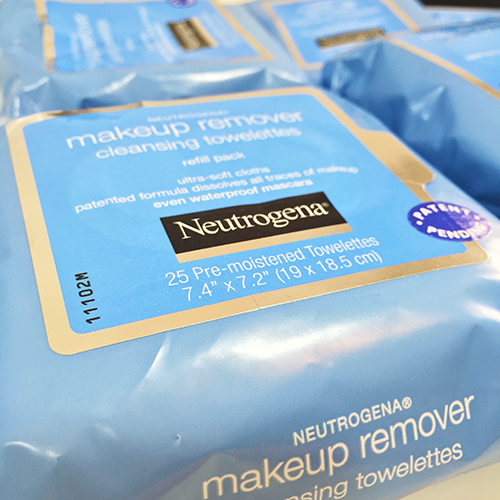 Neutrogena Makeup Remover Cleansing Cover