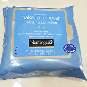 Neutrogena Makeup Remover Cleansing Towelettes- REVIEW